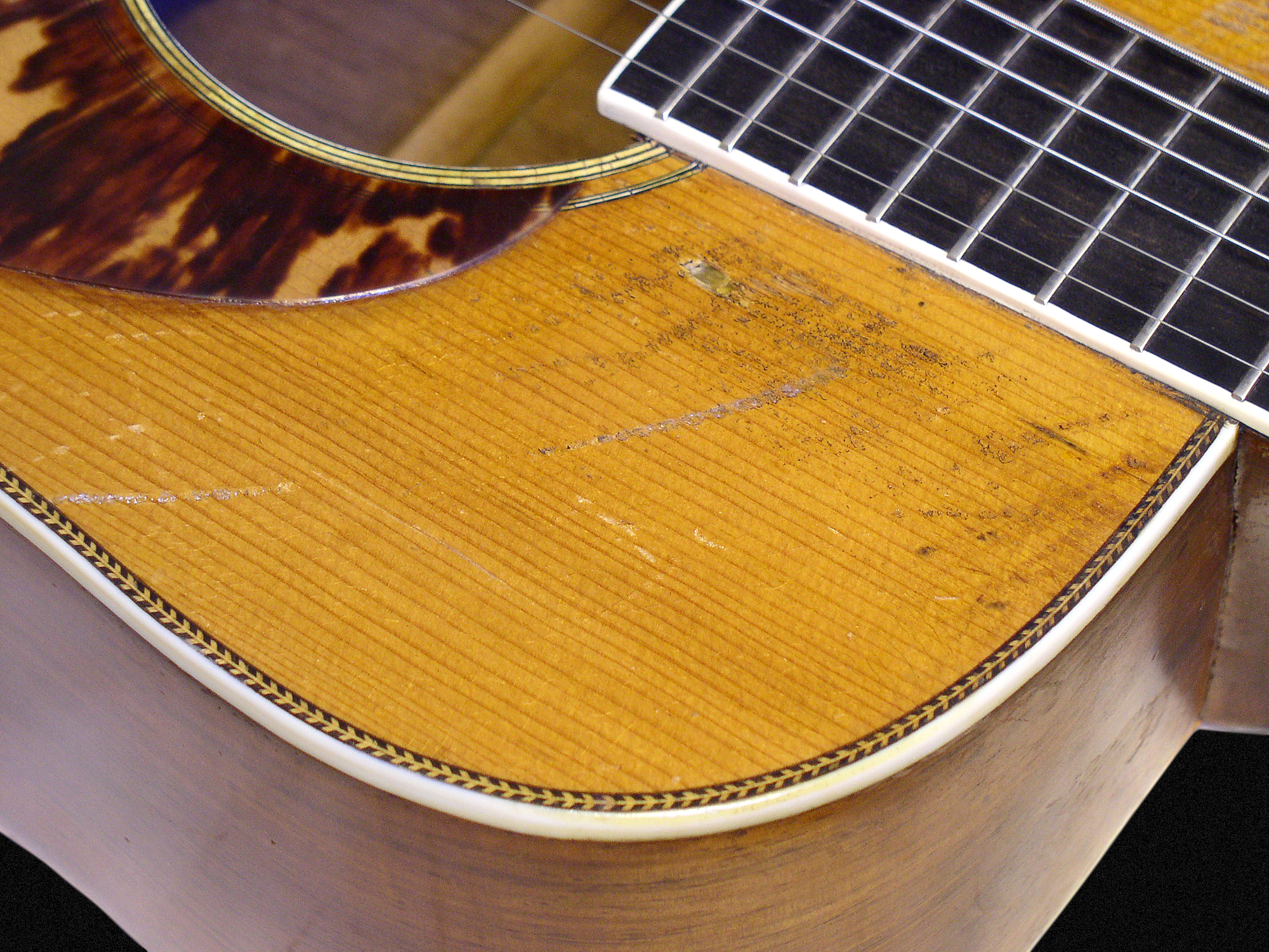 58957 Tony Rice And His Holy Grail Martin D 28 Fretboard Journal